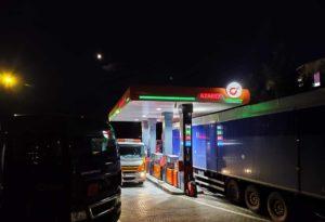 stacja-paliw-swidnica-azarex-noca