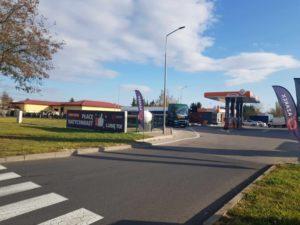 stacja-paliw-swidnica-azarex-z-zewnatrz-2